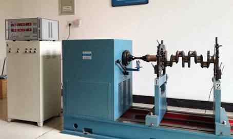 传动轴动平衡试验机